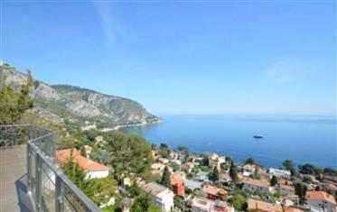 Excepcional propriedade moderna com a melhor vista marítima de Eze Bord de Mer