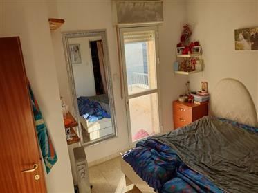 Appartement spacieux, lumineux et calme, 92M², à Jérusalem