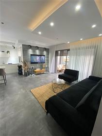 Appartement neuf a Netanya , rue brigada yehoudit