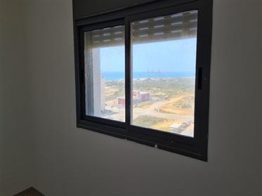 Nouvel appartement d'un entrepreneur, haut de gamme construit, 142M², à Hadera