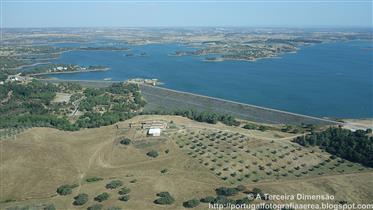 Fantastische boerderij aan het meer met volledige Pip-renovatievergunningen