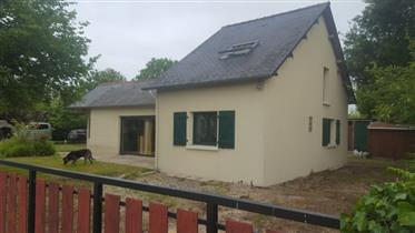 3 bed (5 possible) rural house