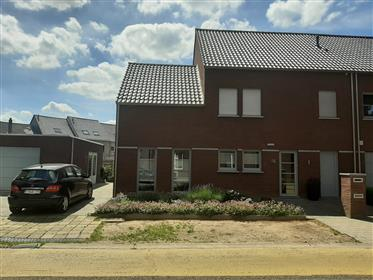 Semi-detached house in the center of Maaseik