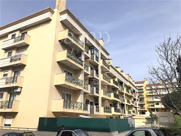 São Domngos De Rana - Apartamento T2 Remodelado - Terraço 70M2 - Garagem
