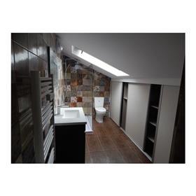 Apartamento T1+1 totalmente remodelado