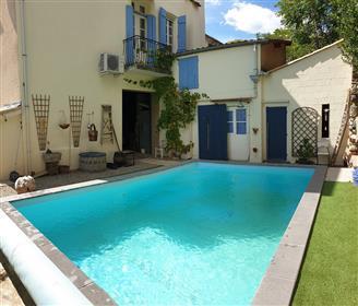 Belle maison de caractère de 200 m² habitables, avec jardin, studio indépendant et piscine !