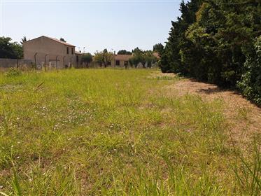 Villa à rafraîchir sur 2200 m² de parc plus terrain constructible indépendant de 700 m².
