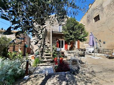 Nice stone barn converted into a large family home of 249 m² living space on 339 m² with pool.