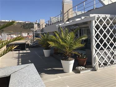 Apartamento penthouse de luxo com vista mar na Nazaré