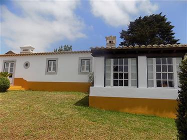 Schöne Immobilie im rustikalen Stil mit geschmackvollen Ober...