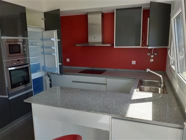 Appartement moderne de 3 chambres avec garage à 10 minutes à...