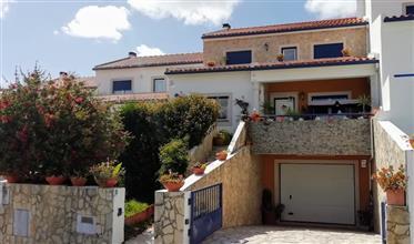 Maison Jumelée de 3 chambres - Alcobaça