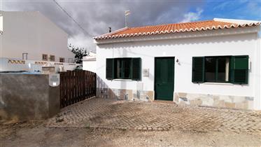 Maison individuelle de 2 chambres avec une annexe T2 séparée