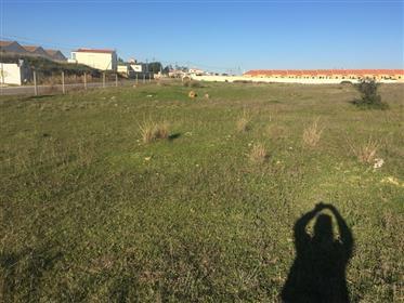 Plot with building permission in Algoz