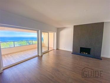T4 Penthouse em Cascais com vista mar