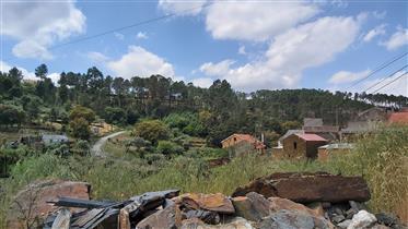 Vdr0038 Foz Giraldo Casa com terrenos e anexos