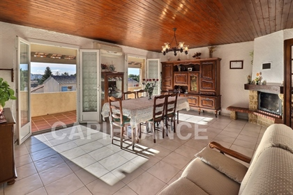 Dpt Bouches du Rhône (13), for sale Marseille 15th Rounding house P4 of 110m2 and T3 of 65m2