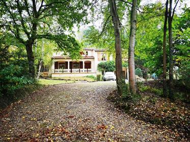 Belle maison  récente, à proximité de St Girons (15min) avec...