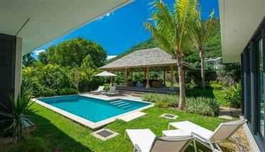 Splendide Villa Res Deja Construite Dans Un Joli Resort Entre Mer Et Montagne A Tamarin – Ile Mauric