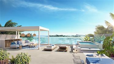 Extraordinaire Penthouse Dans Une Residence Face Mer A Pereybere – Ile Maurice