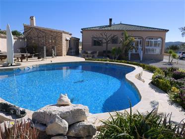 Great villa with B&B potential for sale in Macisvenda