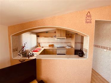Impresionante villa con apartamento independiente y casa de huéspedes en venta en Fortuna