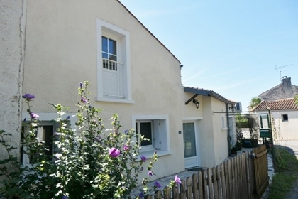 Charentaise House 234 m2 Habitable Space with Terrace and Garden