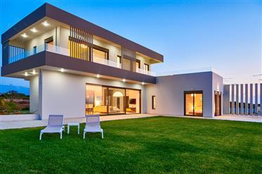 Luxury Villa With Tennis Court