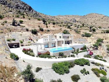 Villa de luxe exclusive avec piscine à débordement et spa pr...