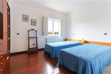 Casa: 597 m²