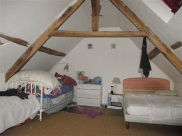 Vivenda: 158 m²