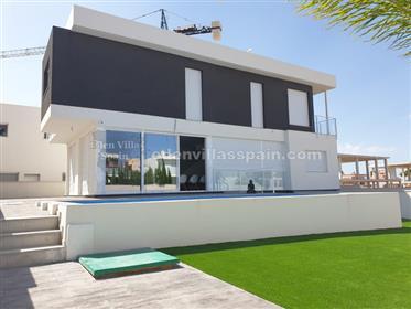 Large brand new villa near the coast