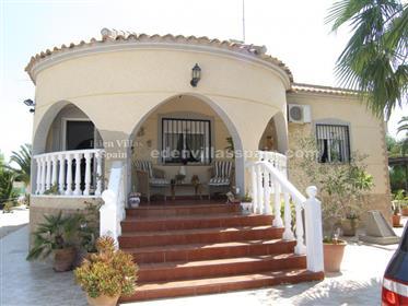 Beautiful Villa with private swimming pool