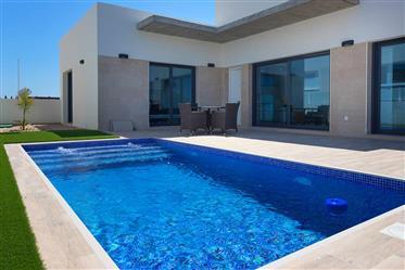 Brand new Villa with private swimming pool