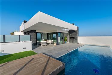 Beautiful modern style brand new Villa