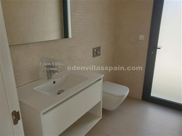 Beautiful brand new Villa with private swimming pool and fully furnished