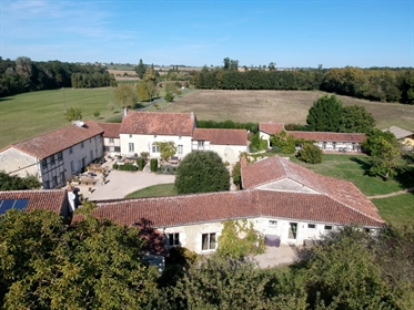 Gite complex,mainly groups.Manoir,4gîtes,2glamping tents,9ha