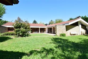 Kuća : 220 m²