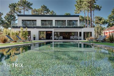 Gorgeous Villa-nature and refinement