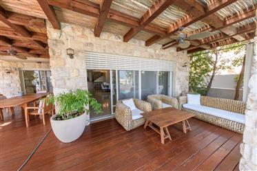 Villa for Sale overlooking Sea of Galilee