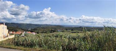 Terreno ótimo, em Nazaré ,com vista perene para a serra da P...