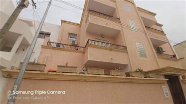 Immeuble à Laouina à vendre