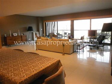 Apartamento T4 Scala com vista mar