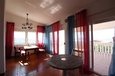 House in Utjeha with beautiful sea views