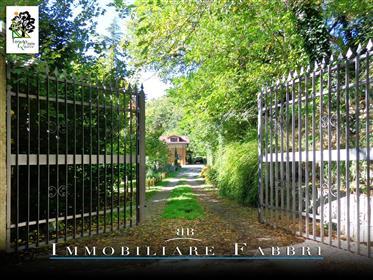 Oak Estate Villa