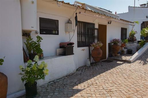 3 Bedrooms - Villa - São Brás de Alportel
