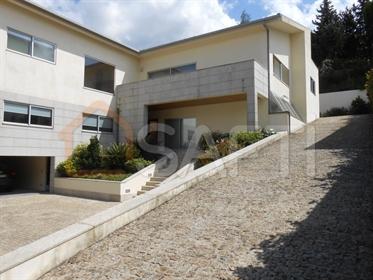 Maison T7 - Costa Guimaraes