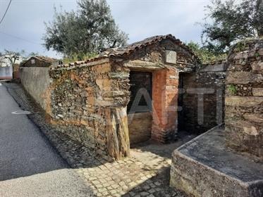 Petite ferme à Retaxo - Bâtiment rustique
