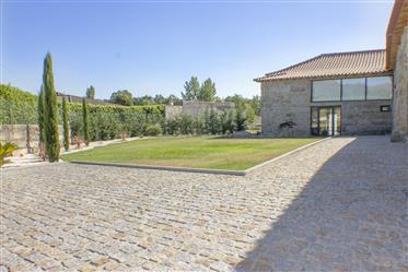Vivenda rústica, T4 – Moreira de Cónegos, Guimarães