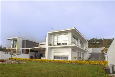 Vivenda T3 – Semi- mobilada – Guimarães - Conde